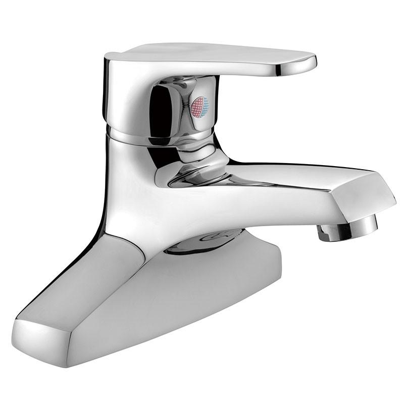 Grifo de baño de diseño italiano moderno y elegante de alta calidad, fabricado completamente de latón .